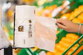 Sacos compostáveis feitos de fécula de batata